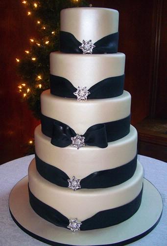 black wedding cake the island journal. Black Bedroom Furniture Sets. Home Design Ideas