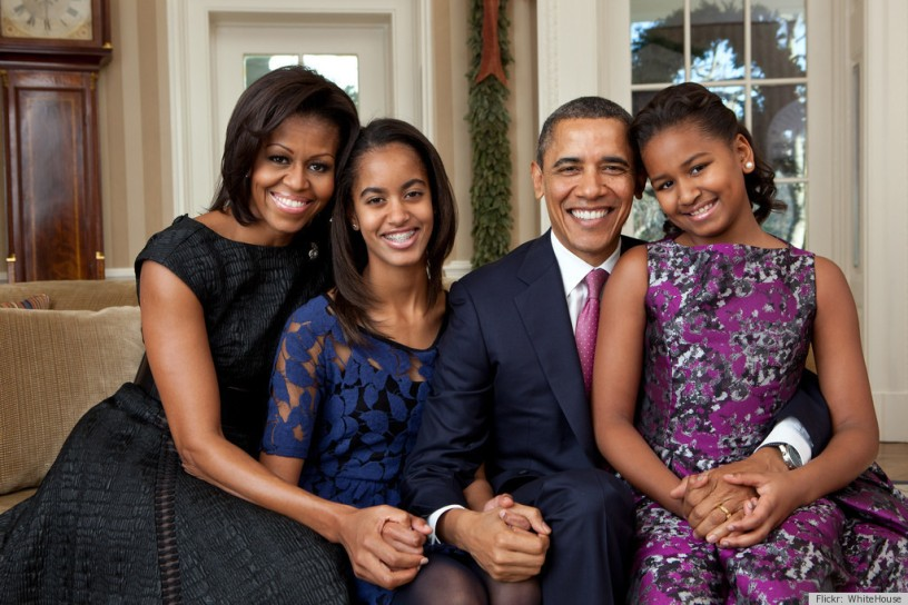 OBAMA-FAMILY-PORTRAIT-2011