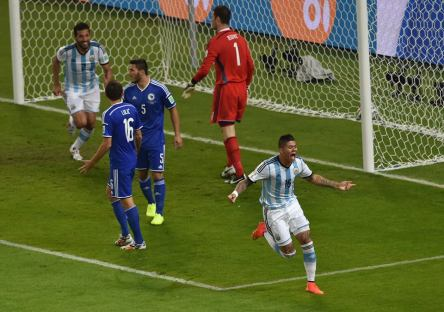 Argentina  1 vs. 0 Bosnia-Herzegovina - Argentina's Marcos Rojo celebrates