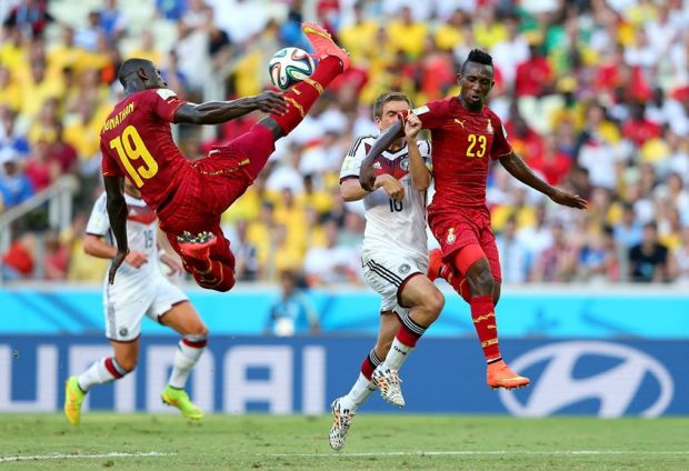 2014 FIFA World Cup - Ghana's Jonathan Mensah intercepts the ball