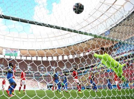 Switzerland 2 vs, 1 Ecuador