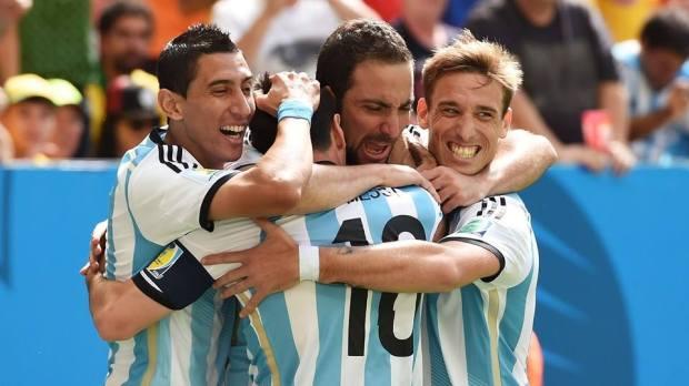 2014 Fifa World Cup - Argentina players celebrate Gonzalo Higuain's goal against Belgium