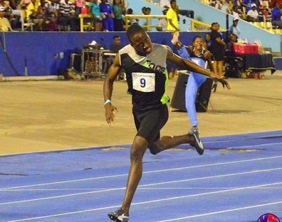 Javon Francis wins mens 400m