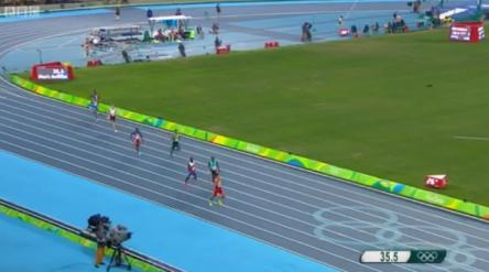 4x400m Relay Men Final.22