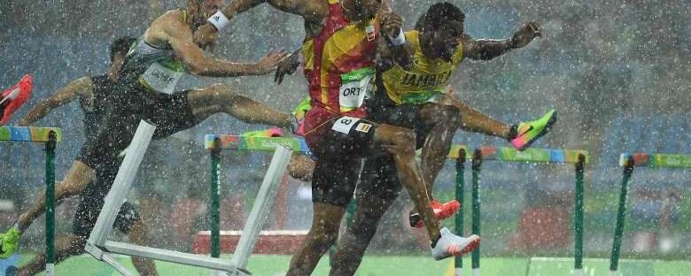 Rio 2016 Olympics: Jamaican Deuce Carter grabs second chance in rain-hit hurdles