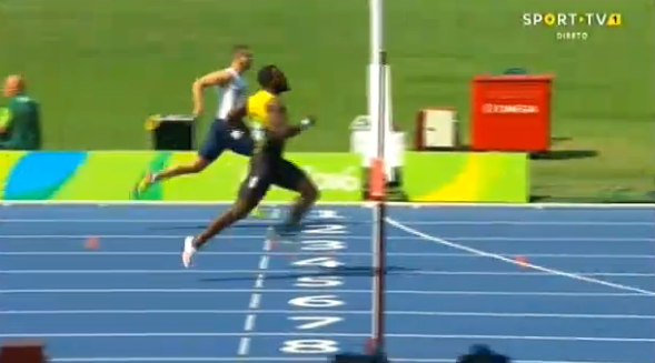 nickel ashmeade running in mens 200m at the rio 2016 olympics