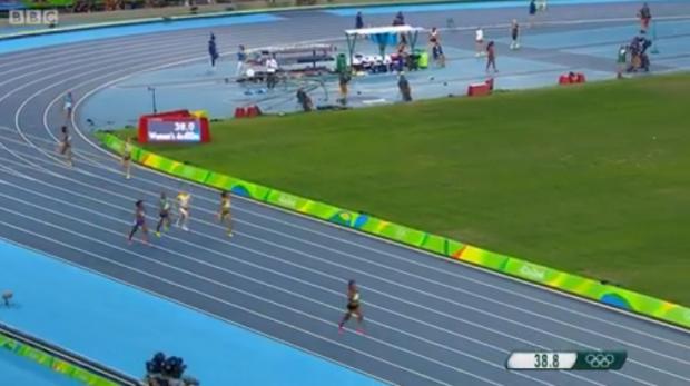 women 4x400m (8)