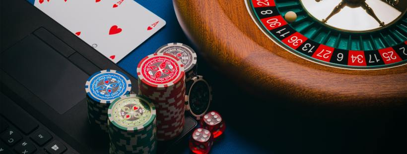 gambling at casino
